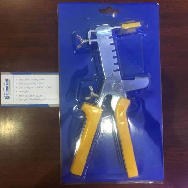 Kìm rút ke cân bằng - Dụng cụ hỗ trợ sử dụng cùng với ke cân bằng ốp lát. Lh 0931888789